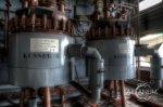 maszyny w hali przemysłowej